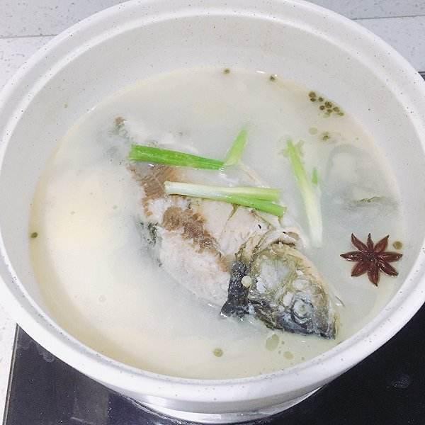薏米鲫鱼汤