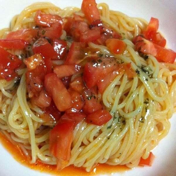 茄汁三文鱼意粉