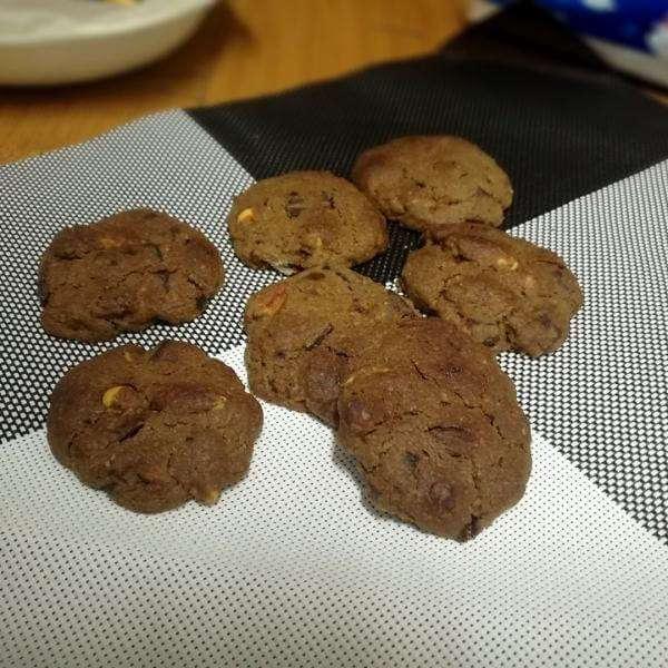 巧克力果仁饼干