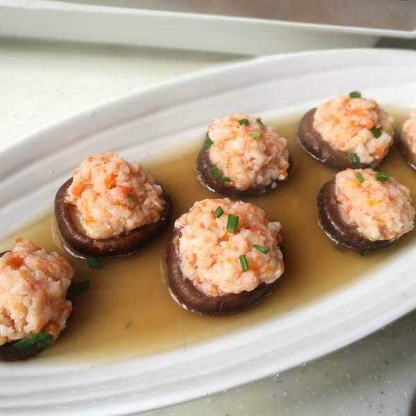 红烧鲜虾酿香菇