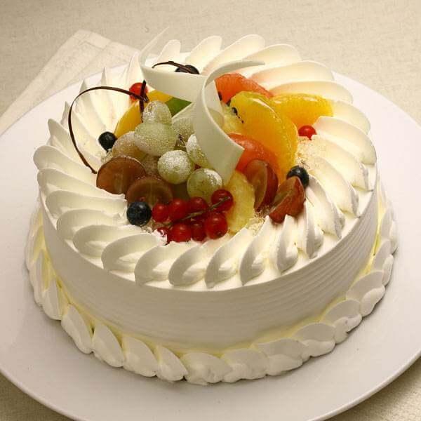 鲜果夹心奶油蛋糕