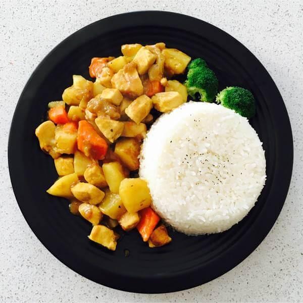泰式红咖喱鸡拌饭