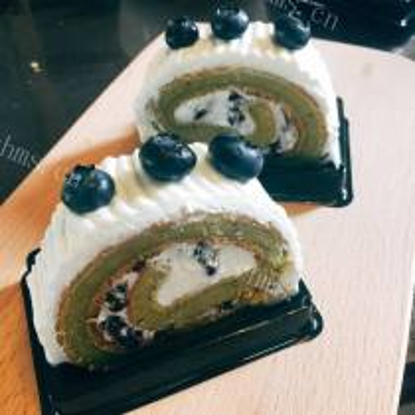 桑果汁蛋糕卷