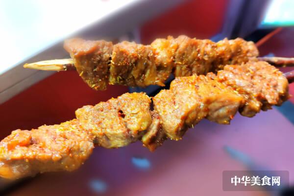 鑫海汇海鲜烤肉加盟有什么支持