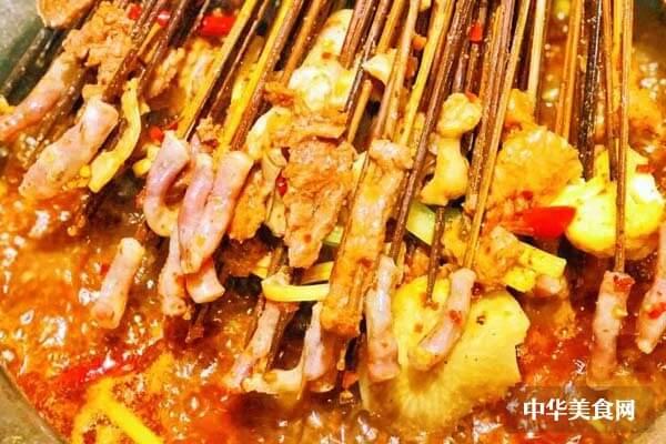 特色砂锅串串香加盟优势是什么