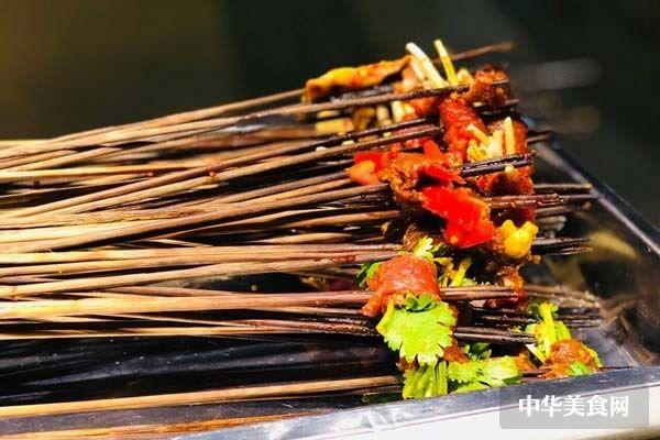 加盟签滋味砂锅串串香要具备哪些条件?