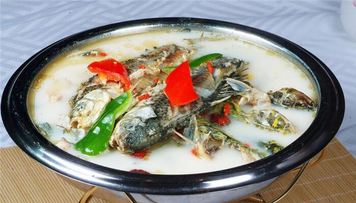 鱼酸火锅加盟