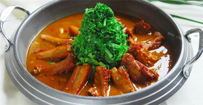 捞骨记排骨米饭品牌介绍图1