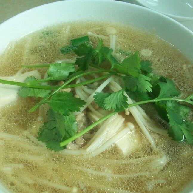 金針菇煨玉子豆腐