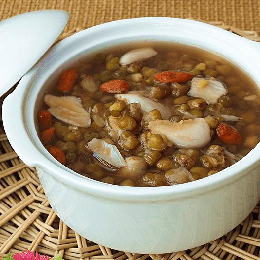 消暑的小米绿豆粥