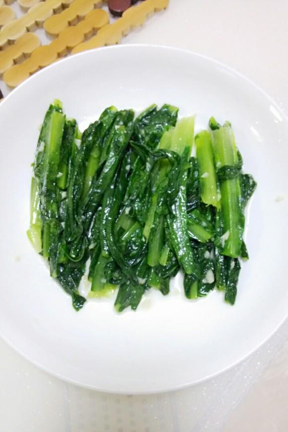 好吃的蒜蓉油麥菜