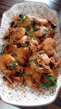美味的红焖大虾