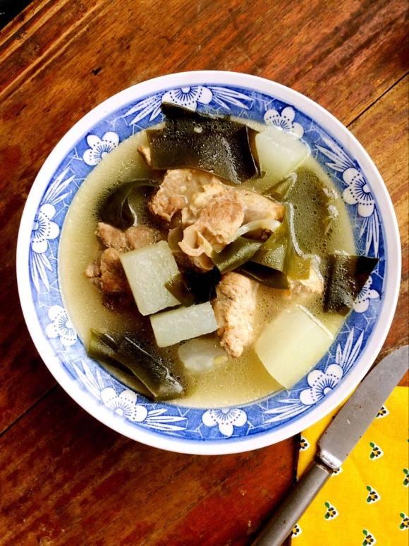 美味的冬瓜海带排骨汤