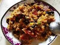 腊肠香菇玉米焖饭的做法图解三