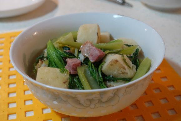 云腿大薯焖芥菜