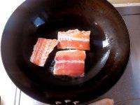 美味的三文鱼排炖黄豆的做法图解三