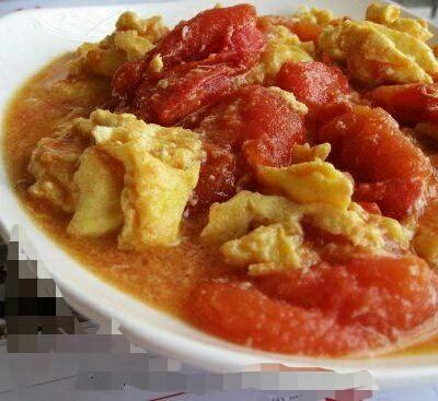 色泽鲜亮的番茄炒蛋