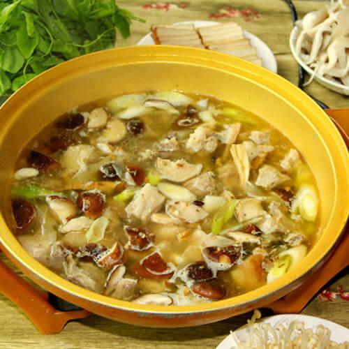 清汤排骨火锅