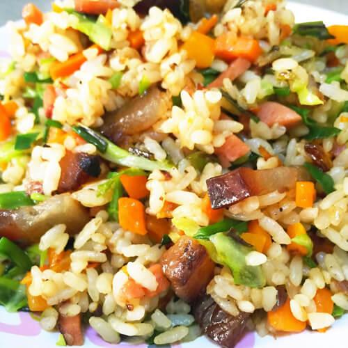 美味的臘肉炒米飯