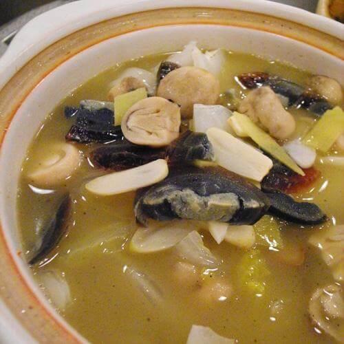 鲜美丝瓜花甲蘑菇汤