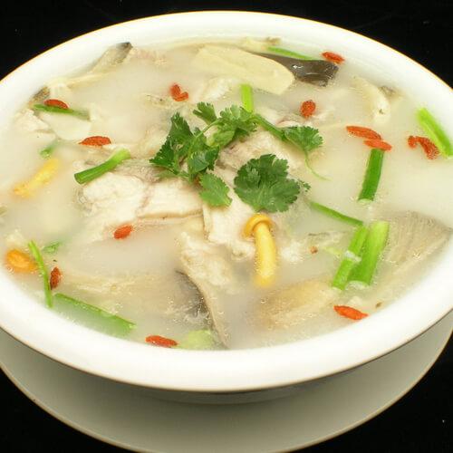 清鲜白瓜鲫鱼汤