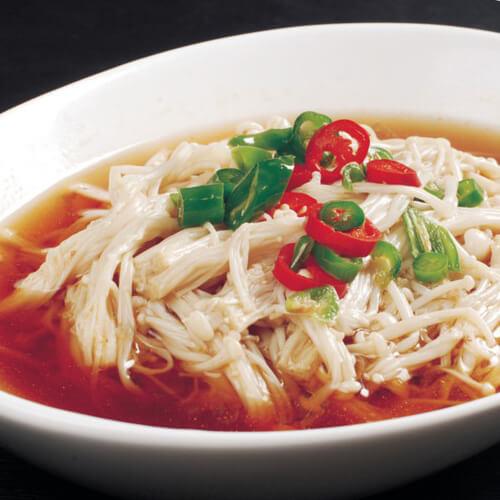 营养美味的海带金针菇汤