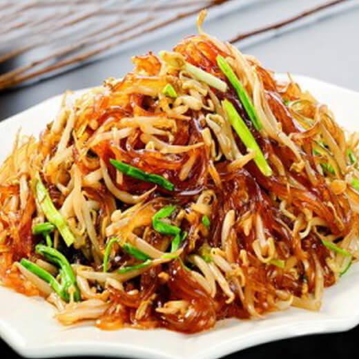 营养土豆丝胡萝卜丝炒韭菜