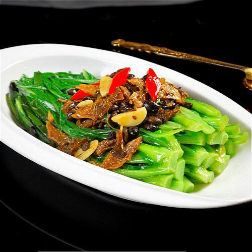 美味的豆豉鲮鱼油麦菜