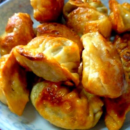 香脆不膩油煎酸菜水餃
