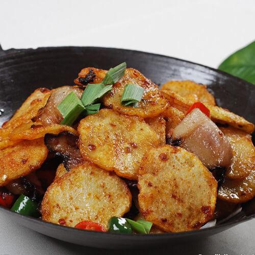 美味干锅腊肉土豆片