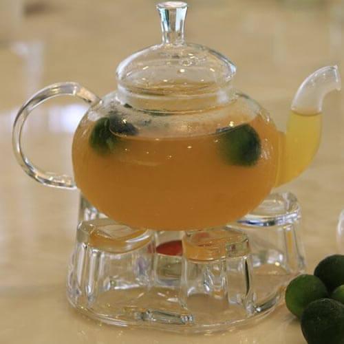 热量低的低油蜂蜜金橘马芬