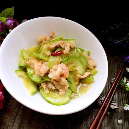 简单美味西葫芦炒干虾仁