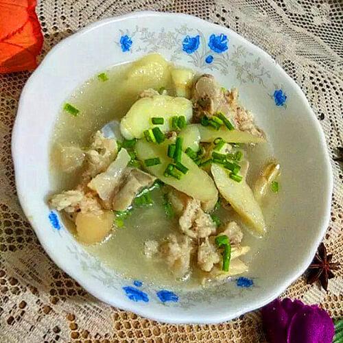 美味的猪手玉竹汤