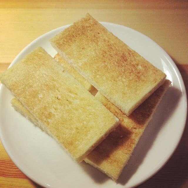 美味的樱桃酸奶三明治