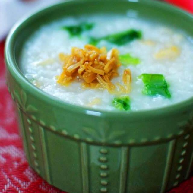 营养可口的糙米瑶柱青菜粥