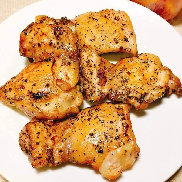 美味蒜蓉迷迭香煎鸡扒