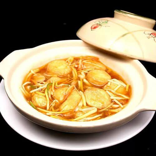 可口的金針菇燒油豆腐