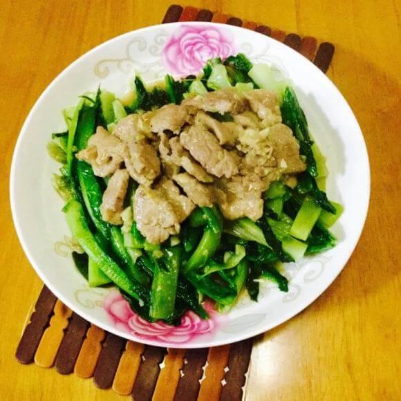 美味肉片炒莴笋叶