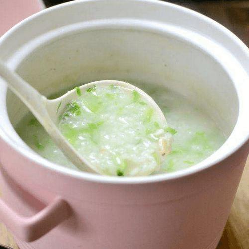 鲜香美味的芥菜虾皮粥