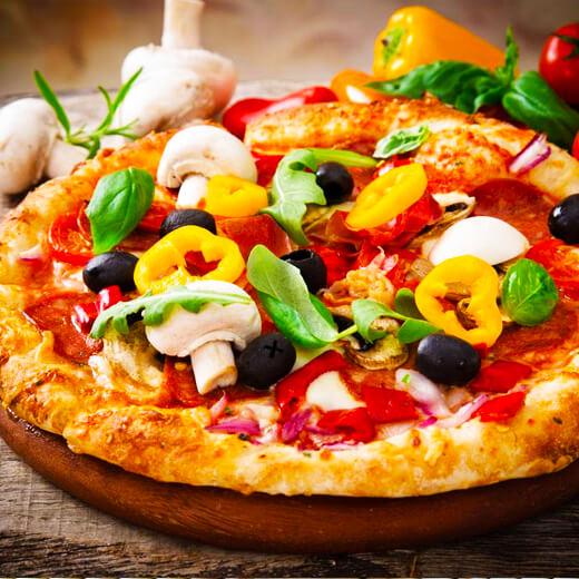 美味的黑椒牛柳披萨