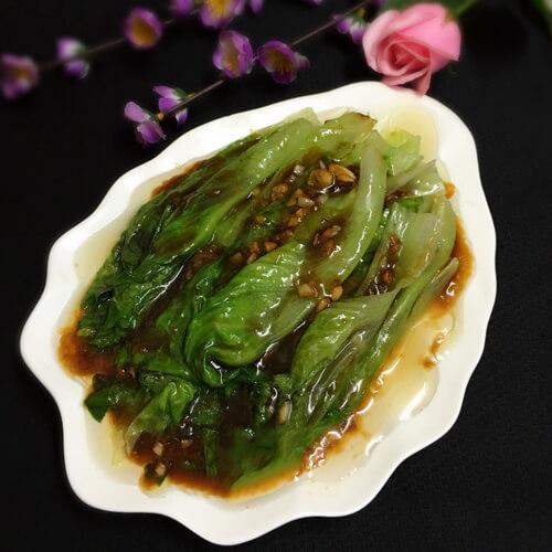 美味的蠔油蒜蓉生菜