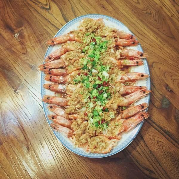 鮮美無敵的蒜蓉海蝦蒸金針菇