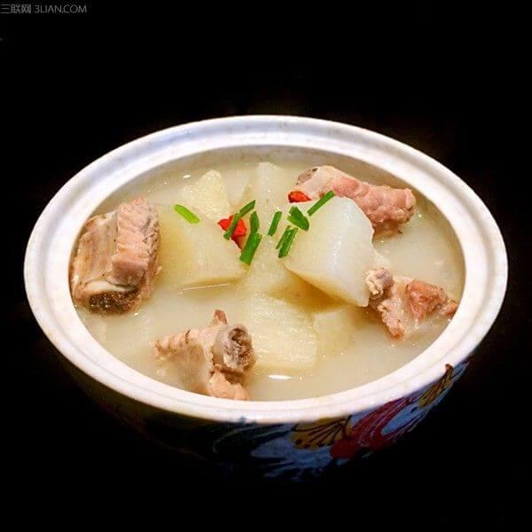 营养薏米竹芋脊骨汤