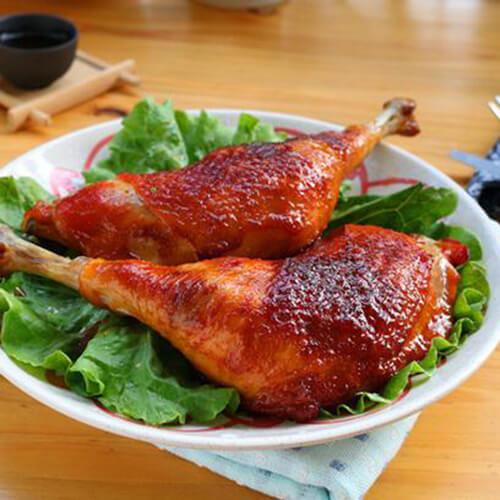 香喷的感恩节烤鸡腿