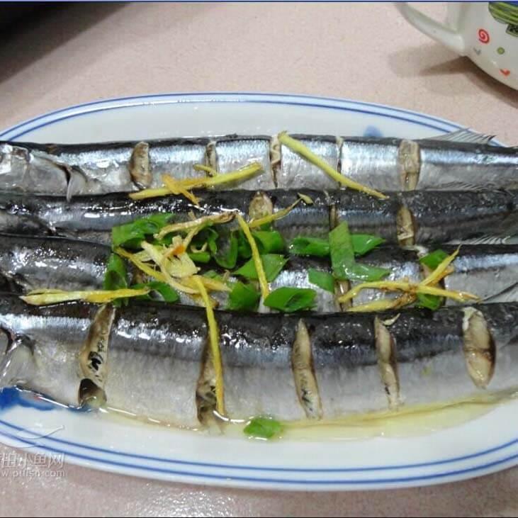 好吃的清蒸秋刀鱼