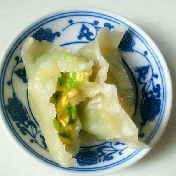自制西葫芦虾皮鸡蛋小蒸饺
