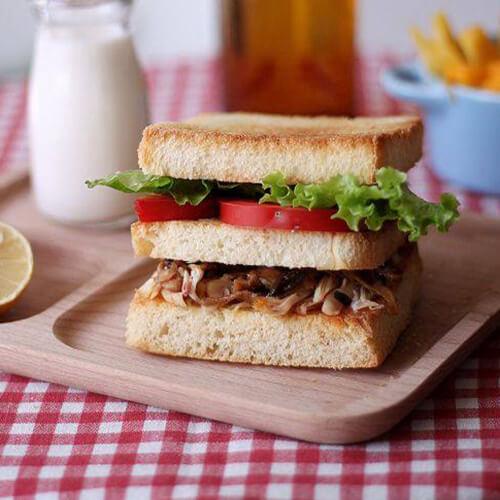 自制鸡肉丝三明治
