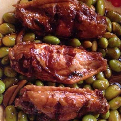 好吃的鸡翅炒毛豆