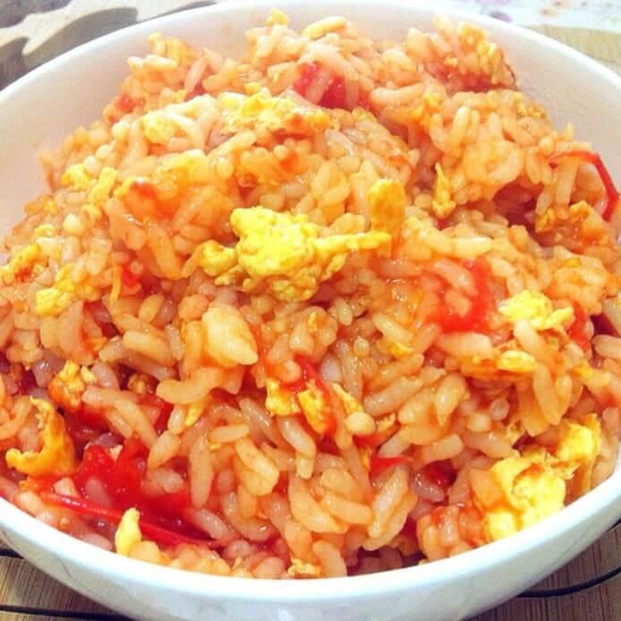 簡單的蕃茄蛋炒飯
