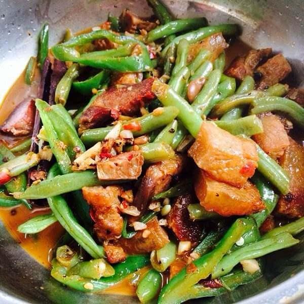 清明节的四季豆五话肉